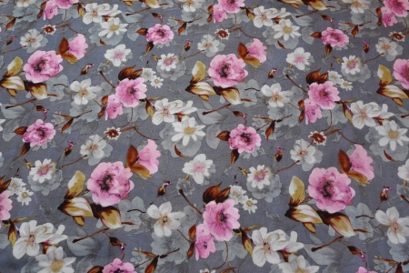 Штапель, принт, розовые цветы на сером